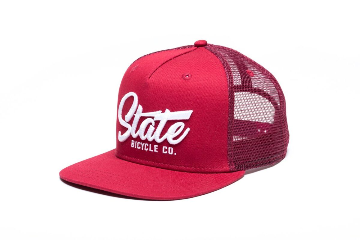 State Bicycle Co Crossing the T s Red Mesh Snapback Front 32550b11 da0e 4879 9d72 4e4b4080226e Sapca State Bicycle Co. Crossing the T's